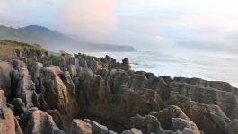 Ile Sud, Pancakes Rocks (falaises)