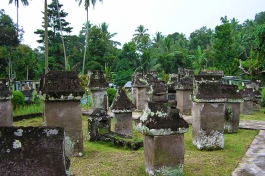 Sulawesi, Sawangan (tombeaux)