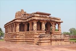 Karnataka, Aihole