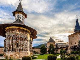 Les monastères de Moldavie