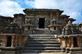 Karnataka, Halebid (temple de Hoysaleshwara)