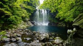 Ile de Jeju, Cheonjeyeon (cascades)