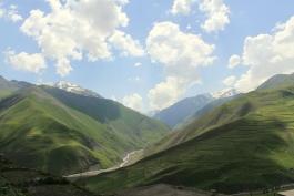 Nord-Est, Khinalik