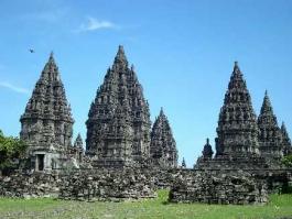 Ile de Java, Prambanan (sanctuaires)