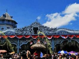 Ile de Java, Surakarta (Solo)