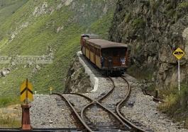Sierra sud, Nariz del Diablo (train des Andes)